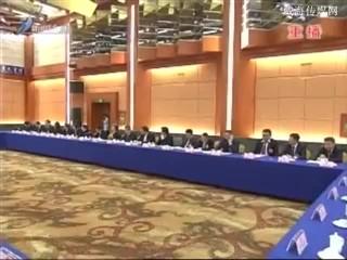 孙述涛在参加市政协经济界、农业界委员联组讨论时强调 凝聚合力谋跨越 发挥优势多作为