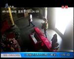 """上海:""""变废为宝""""一套自制工具 偷遍上海寺庙香油钱"""